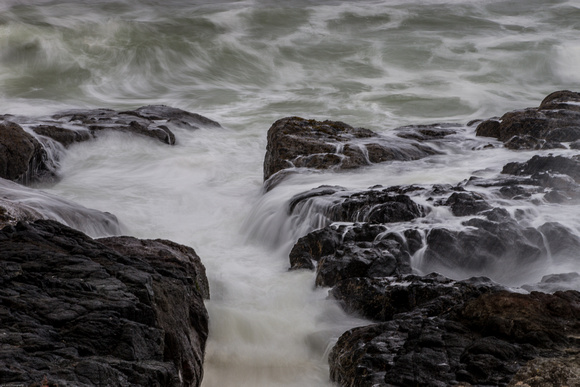Waves and rocks 2